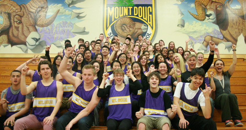 2014 Mount Doug Track & Field Team